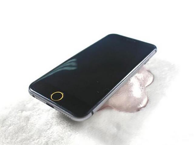 Deux lancements iPhone 6