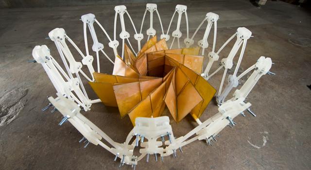 Le panneau solaire inspiré de l'origami replié