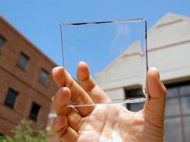 Bientôt des panneaux solaires transparents ?
