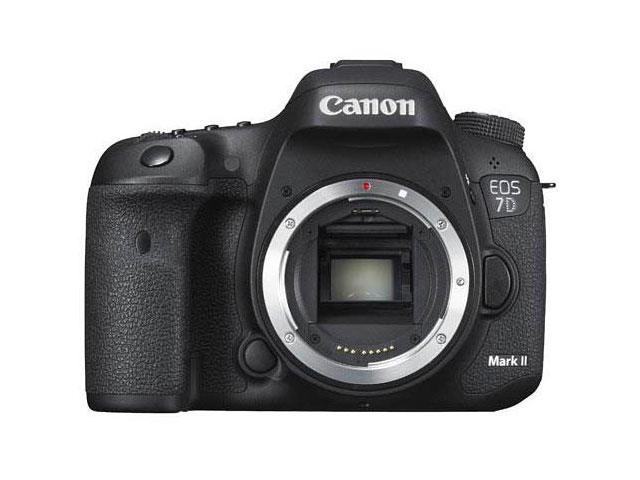 Canon EOS 7D Mark II : photo face 1