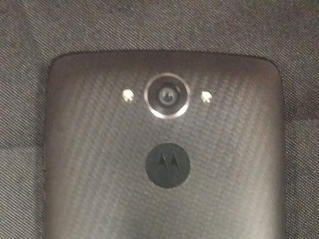 Motorola Droid Turbo : photo 1