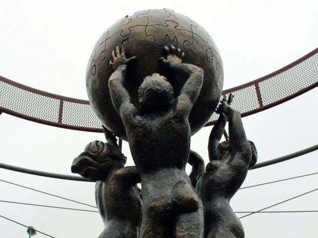 Le monument à Wikipédia