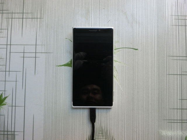 Prototype Lumia 1030 : image 2