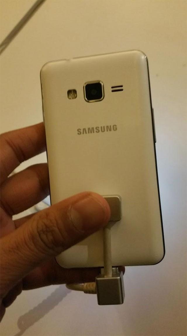 Samsung Z1 : photo volée 5