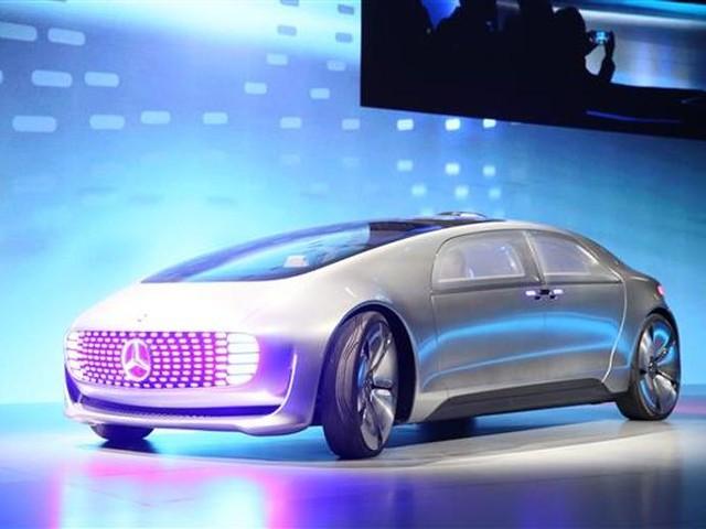 mercedes benz pr sente un concept de voiture autonome. Black Bedroom Furniture Sets. Home Design Ideas
