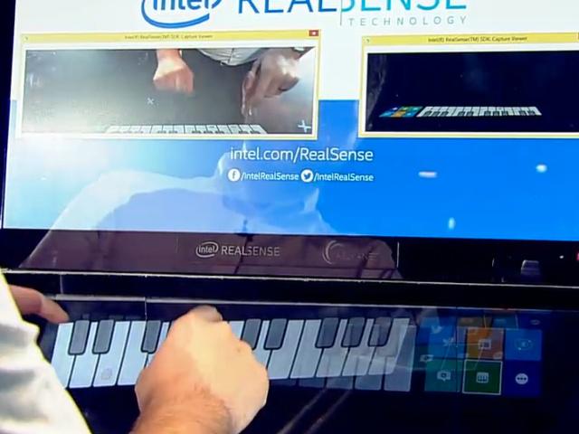 Piano holographique