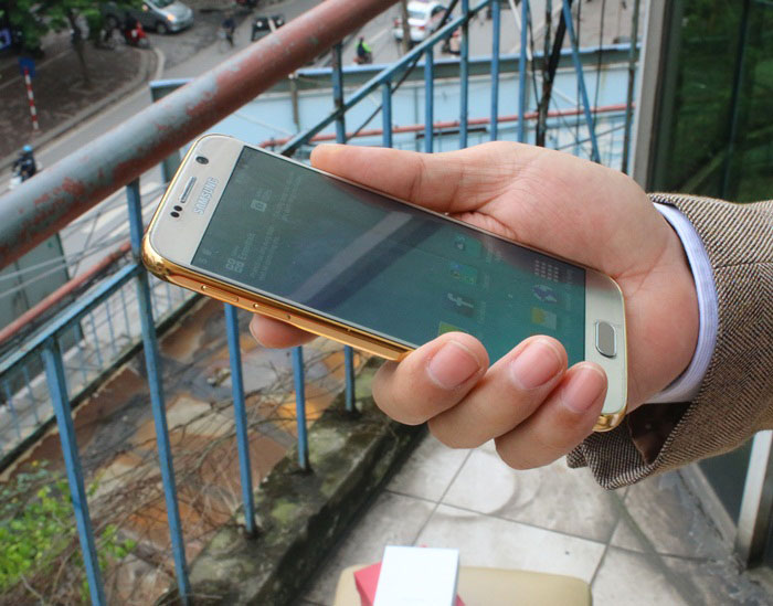 Samsung Galaxy S6 or : image 1