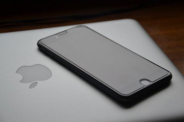 iPhone 6 Plus Game Boy