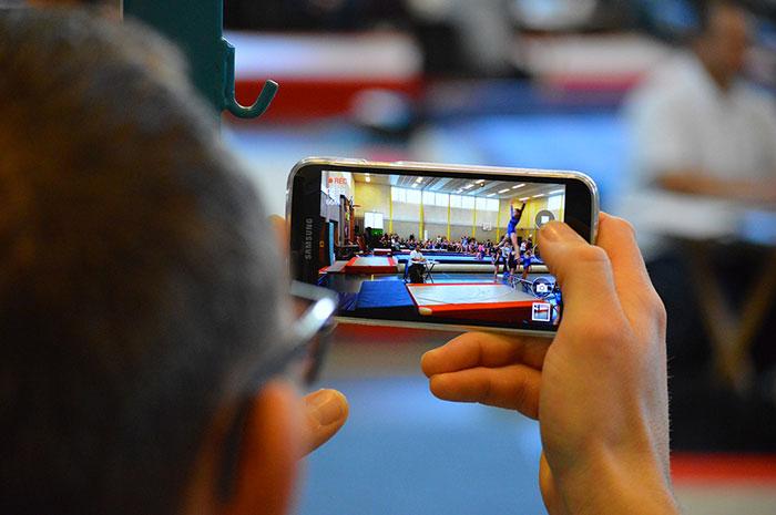 Samsung reprend du poil de la bête, Apple peut trembler