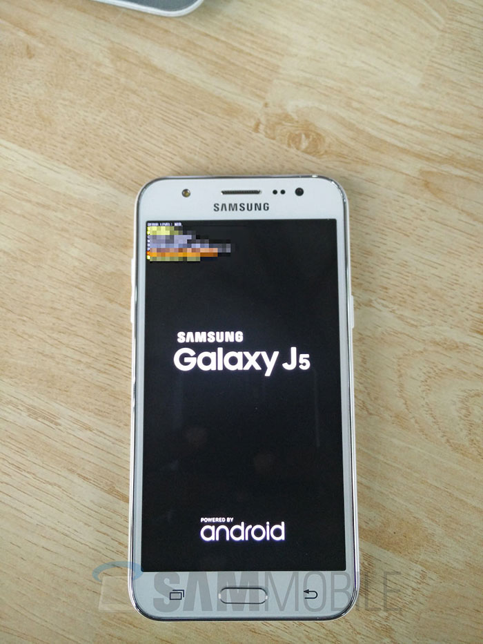 Samsung Galaxy J5 : photo 1