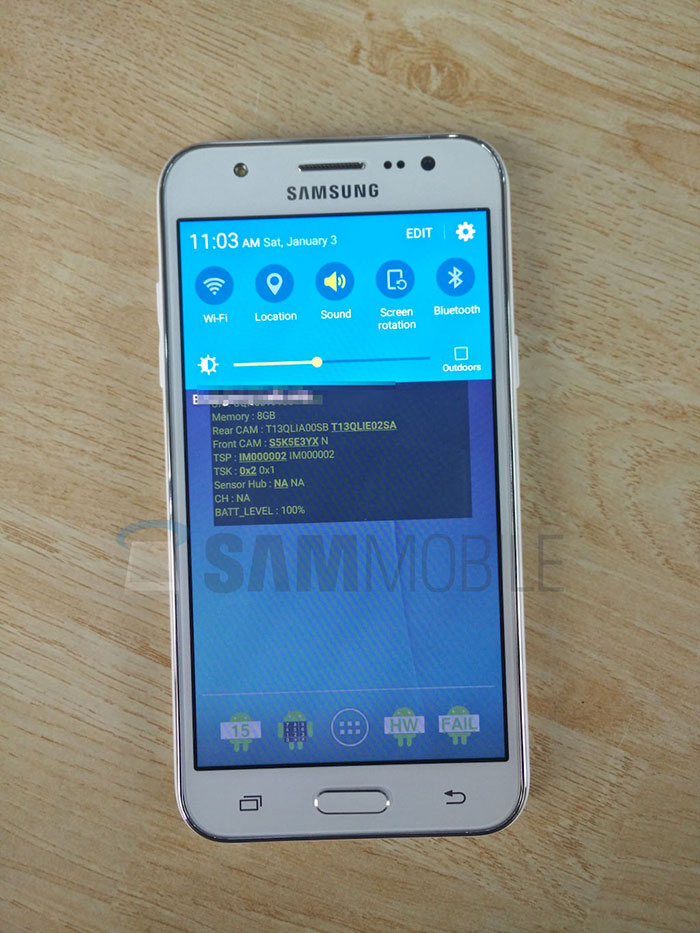Samsung Galaxy J5 : photo 2