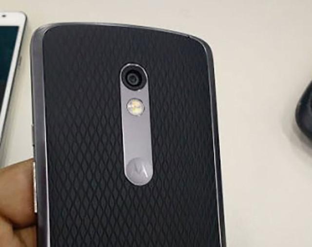 Photos Moto X (2015) et Moto G (2015)