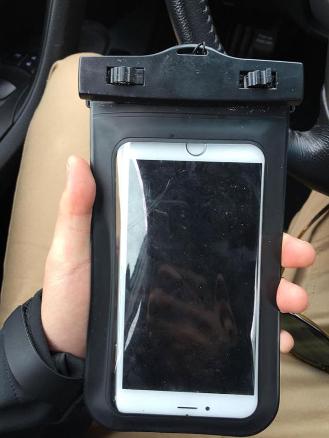 iPhone 6 sous l'eau : image 2