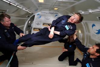 Stephen Hawking part en quête d'une vie extraterrestre