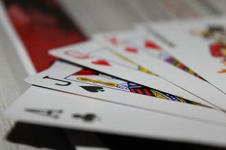 Virus Poker