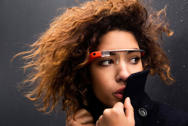 Hologrammes Google Glass