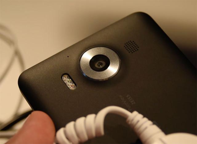 Lumia 950 : image 2