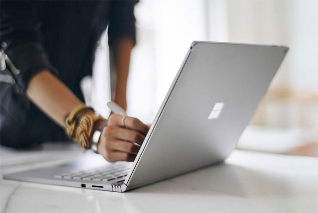 Surface Book : image 1