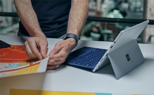 Surface Pro 4 : image 1
