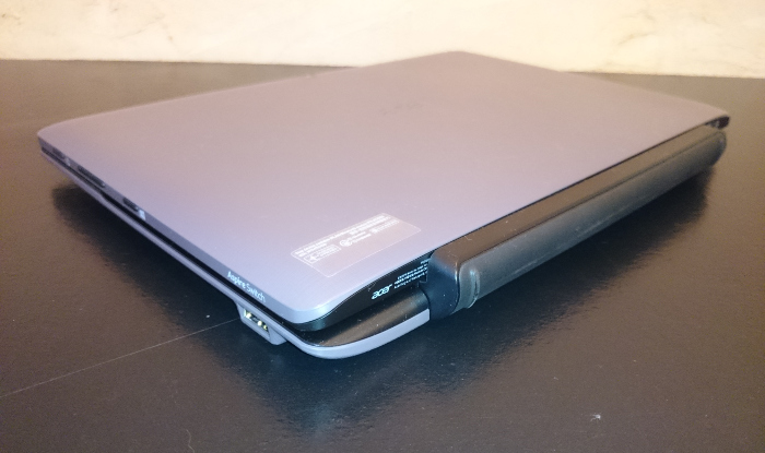 Dos de l'Acer Aspire Switch 10 E