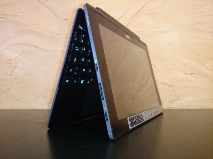 Acer Aspire Switch 10 E en mode tente