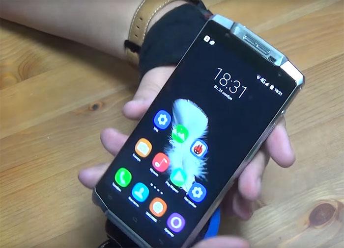 Ce smartphone est censé pouvoir tenir 15 jours avec une seule charge
