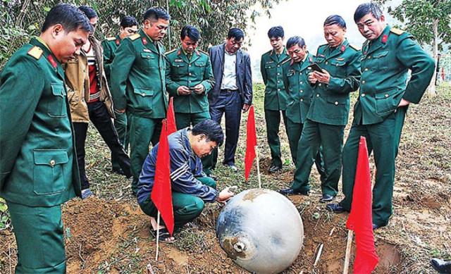 Trois mystérieuses sphères métalliques sont tombées du ciel au Vietnam