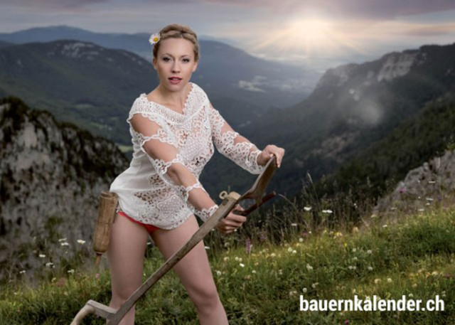Calendrier sexy paysannes 3