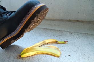 #BananaPeelChallenge