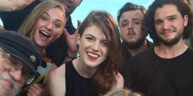 Selfie Game of Thrones 1