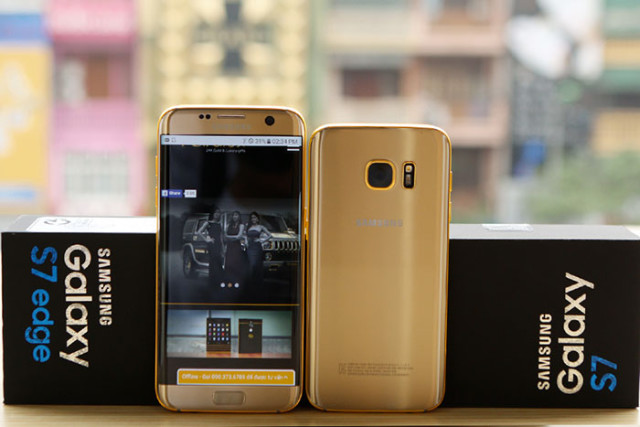 Samsung Galaxy S7 Gold : image 3