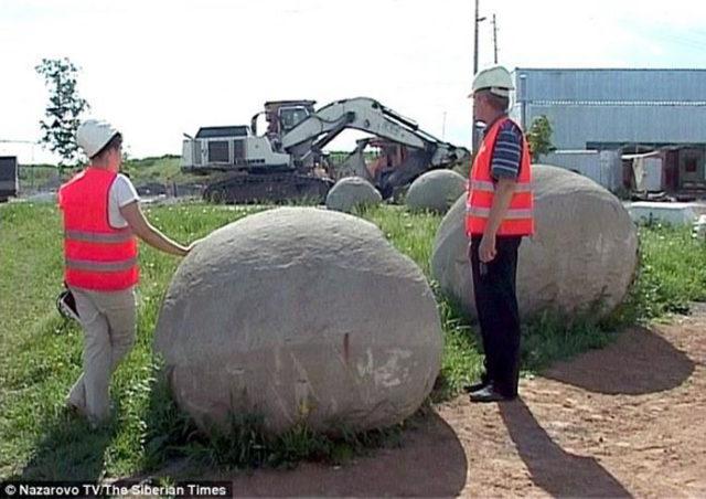 Boule pierre : image 1