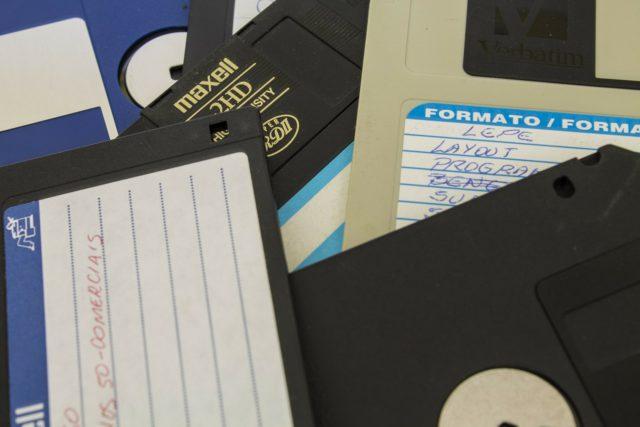MS-DOS a pris sa retraite en 2001 mais reste utilisé dans certains services.