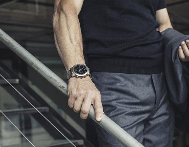 La montre sportive GPS pour gentlemen — Garmin Fenix Chronos