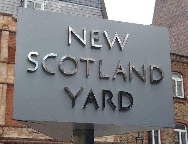 Scotland Yard Troll