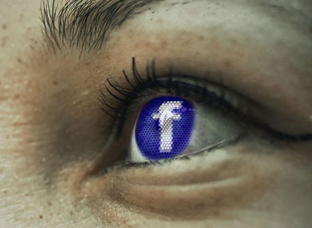 Stagiaire Facebook