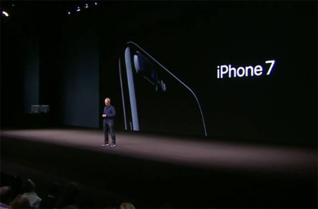 iPhone 7 : image 1