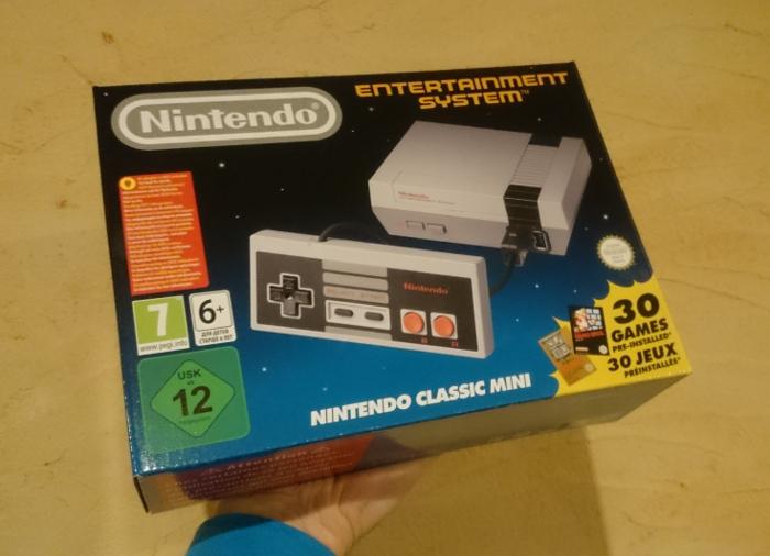 Boîte NES Mini