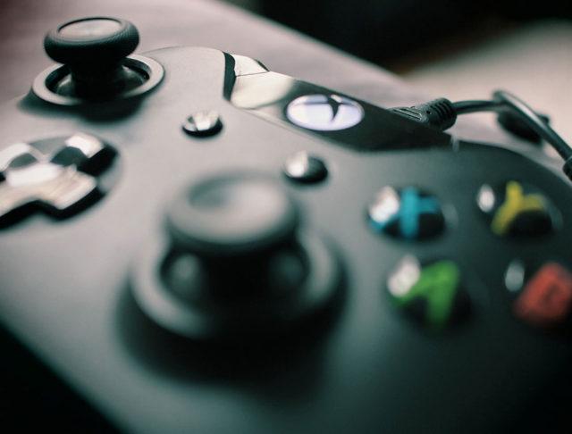 Bon plan : Xbox One S 500 Go + 6 jeux à 349 euros