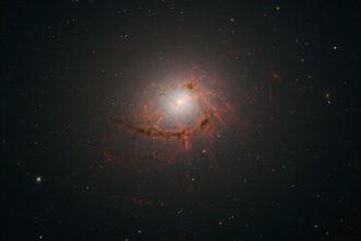 Hubble NGC 4696