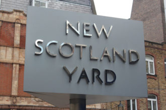 Vol Scotland Yard