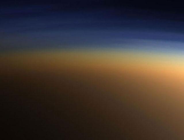 Extra-terrestres Saturne