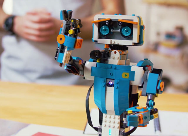 Lego Boost : image 1