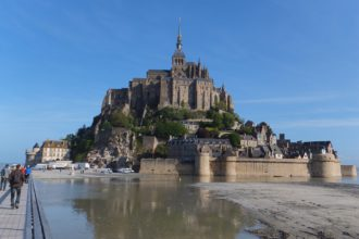mont-saint-michel-necropole