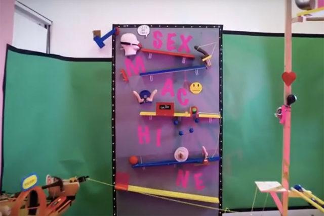Rube Goldberg sexy