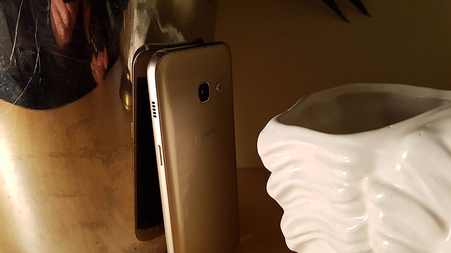 Samsung Galaxy Ax 2017 : image 11