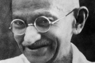 Tongs Gandhi
