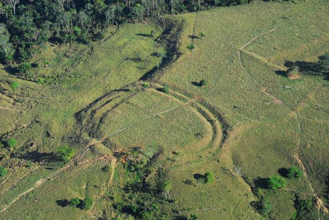 Géoglyphes Amazonie : photo 2