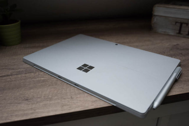 Surface Pro 5 LinkedIn