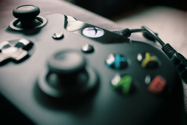 Xbox One Scorpio VR - La réalité virtuelle se confirme avec une date